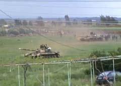 النظام سلم قيادة عملية قمع الانتفاضة رسميا لرئاسة الأركان وقسم سوريا إلى ثلاث مناطق عسكرية